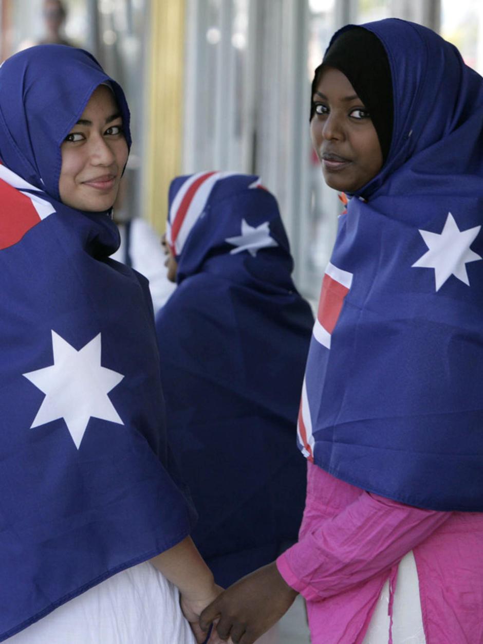 assolutamente alla moda belle scarpe qualità perfetta A Muslim Woman in Multicultural Australia   Tribune ...