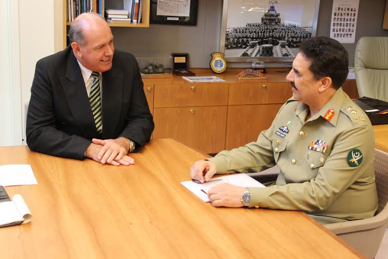 Chief of Army staff, General Raheel Sharif, in a meeting with Australian Minister of defence, Mr David Johnston in Canberra, Australia