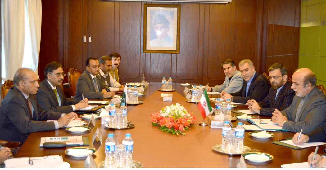 Foreign Secretary Aizaz Ahmad Chaudhry and Iranian Deputy Foreign Minister HE Ibrahim Rahimpour during the Bilateral Political Consultations between Pakistan and Iran, Islamabad on 27-10-14.