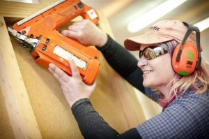 woman carpentry