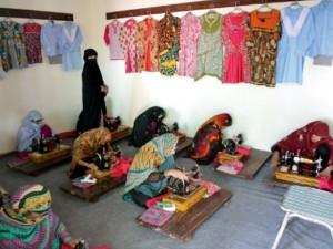 Pak women workers