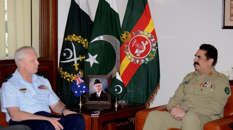 Australian AF Chief with General Raheel Sharif