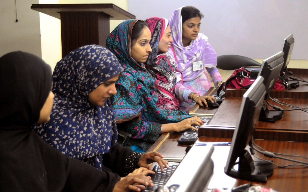 working-women-in-pakistan1
