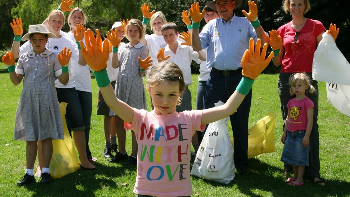 Clean Up Australia clears 300,000th tonne