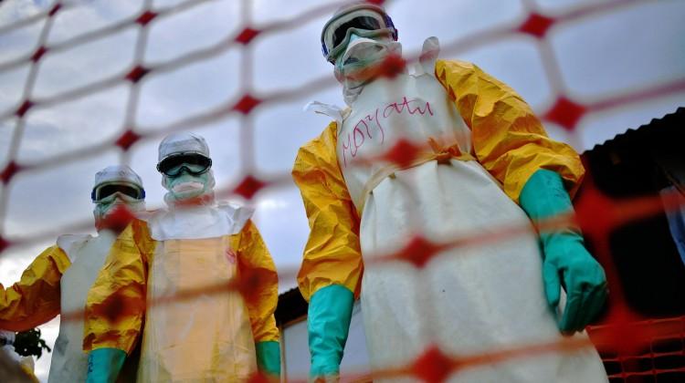 Ebola cirsis