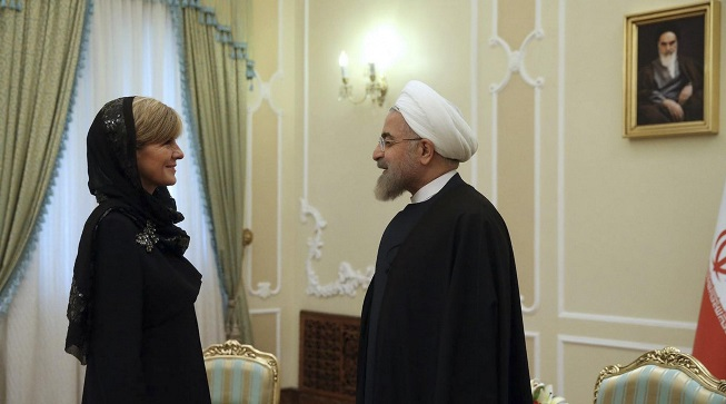 Julie Bishop meets with Iran's president, Hassan Rouhani, on Saturday. Photo: Iranian Presidency Office/AP