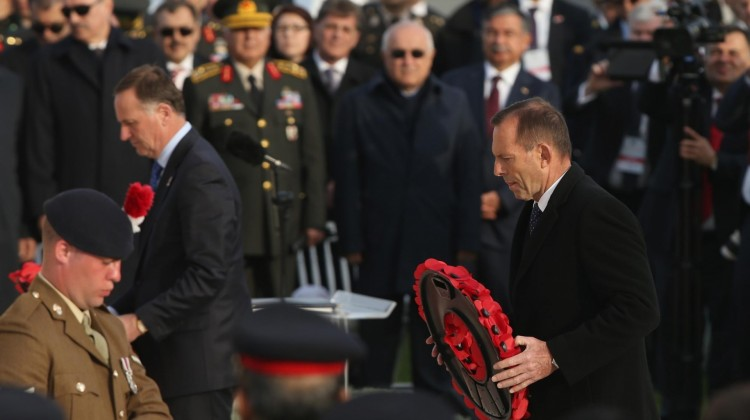 New Zealand prime minister John Key (L) and his Australian counterpart Tony Abbott lay wreaths during the Anzac Day service at Cape Helles, Turkey. Photo: Sean Gallup/Getty Images