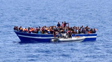 boat-with-migrants