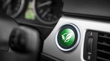 Toyota and Mazda are reported to be considering a comprehensive partnership in environmentally friendly technolog