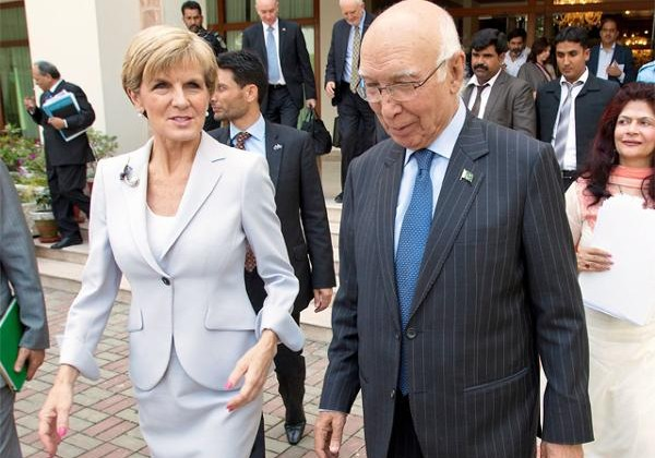 Australian FM Julie Bishop held talks with her Pakistani counterpart Sartaj Aziz in Islamabad during her 2-day visit to Pakistan.