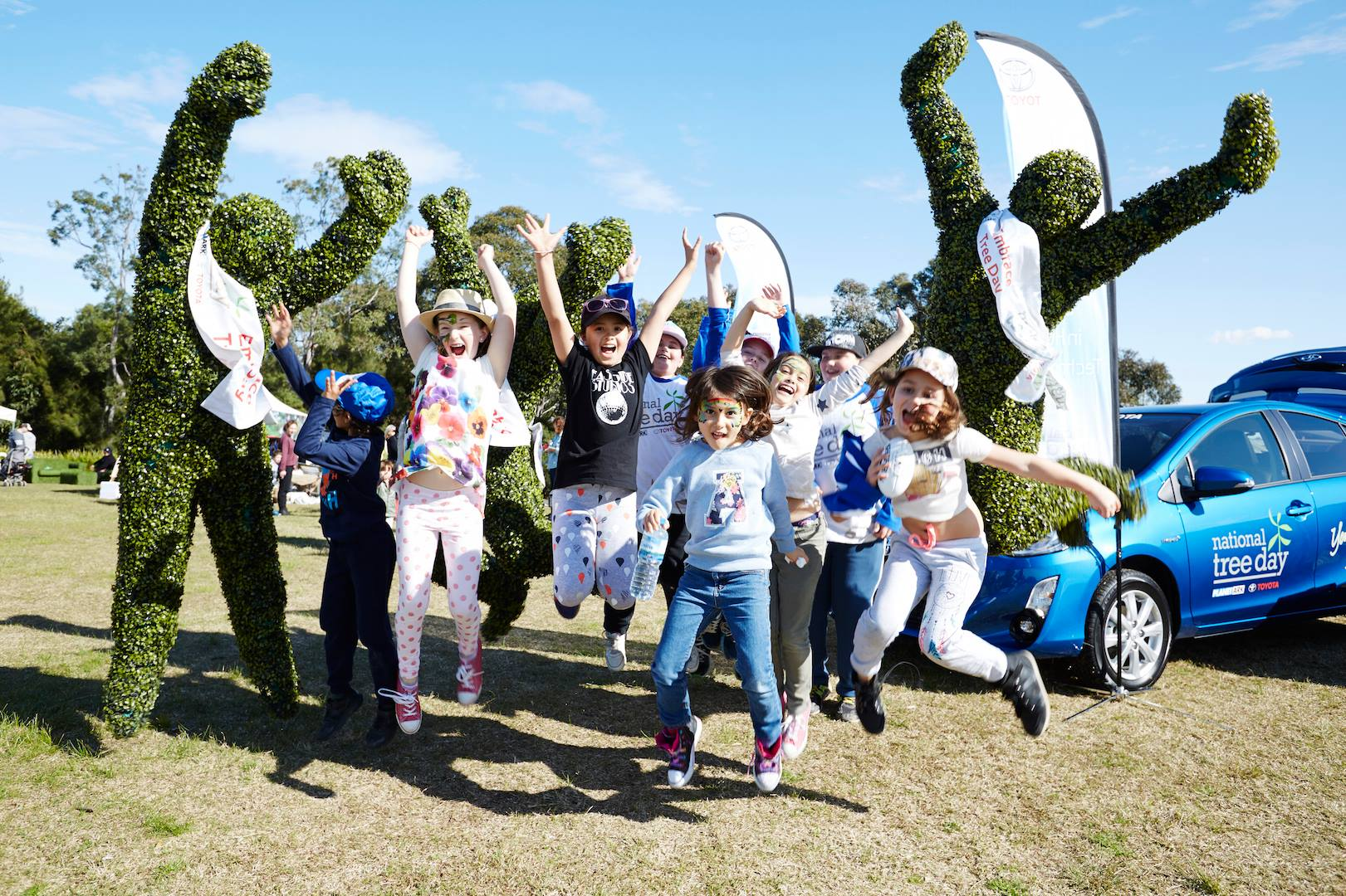 Kids celebrating National Tree Day in a festive way. Photo: Planet Ark
