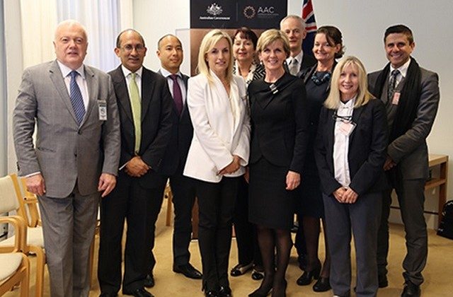 Australian FM with ASEAN group