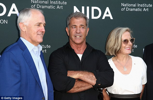 Australian PM Tunbull with his wife Lucy (far right) and the American actor and director as they pose on the red carpet