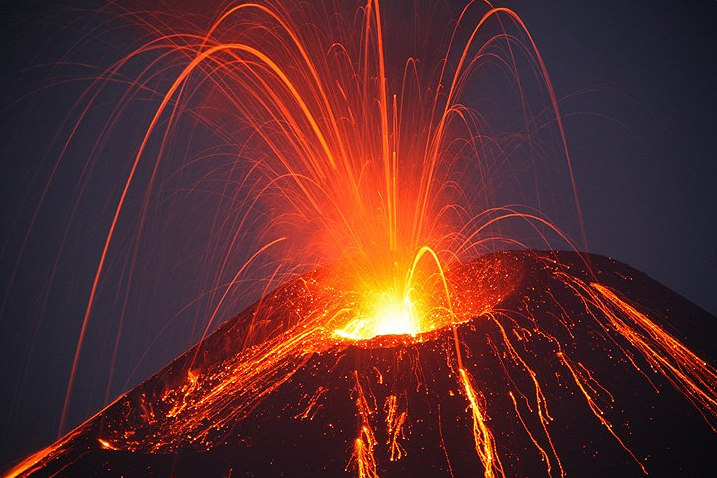 Nicaragua's Momotombo Volcano erupts for first time in a Century