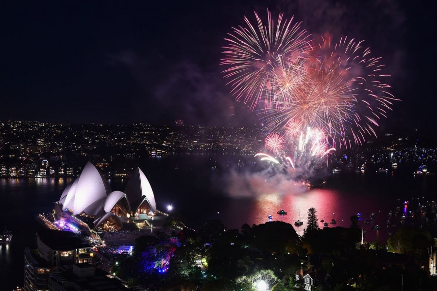 Fireworks above Sydney Opera House on New Year's Eve