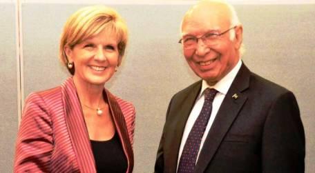 pakistan-australia-agree-to-expand-trade-economic-ties-1411479759-8699