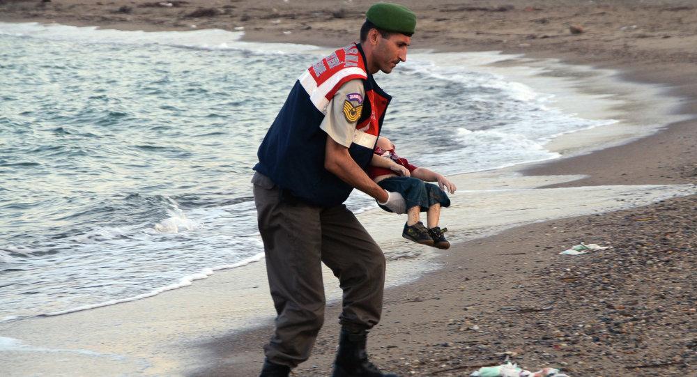 Turkey jails two Syrians over drowning of toddler Aylan Kurdi