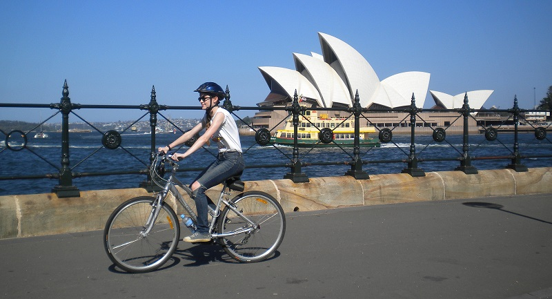 New cycling safety laws roll out across NSW