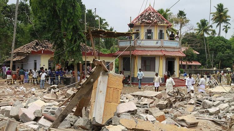 An explosion rocked a Hindu temple in Kollam district in Kerala early Sunday, the last day of an annual week-long festival. Photo: reuters
