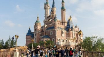 Shanghai Disneyland's Enchanted Storybook Castle isthe tallest and most interactive castle in any Disney park Shanghai Disneyland's Enchanted Storybook Castle is the tallest and most interactive castle in any Disney park