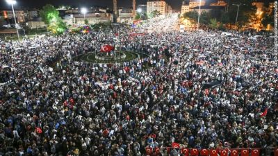 Citizens in Suvas rush to the streets after calls from Turkish President Recep Tayyip Erdogan to foil the coup attempt.