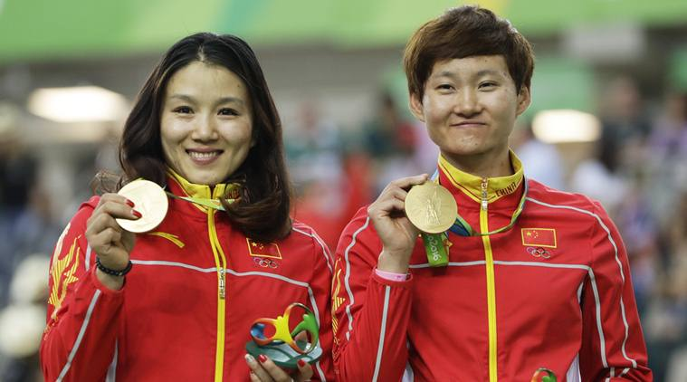 China's Gong Jinjie and Zhong Tianshi set world record in track team sprint