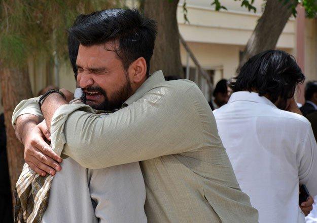 Tragic scenes from Quetta Civil Hospital blast on Monay, 8 August 2016