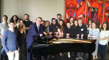 Young Regional Artists from Country NSW visit Parliament House