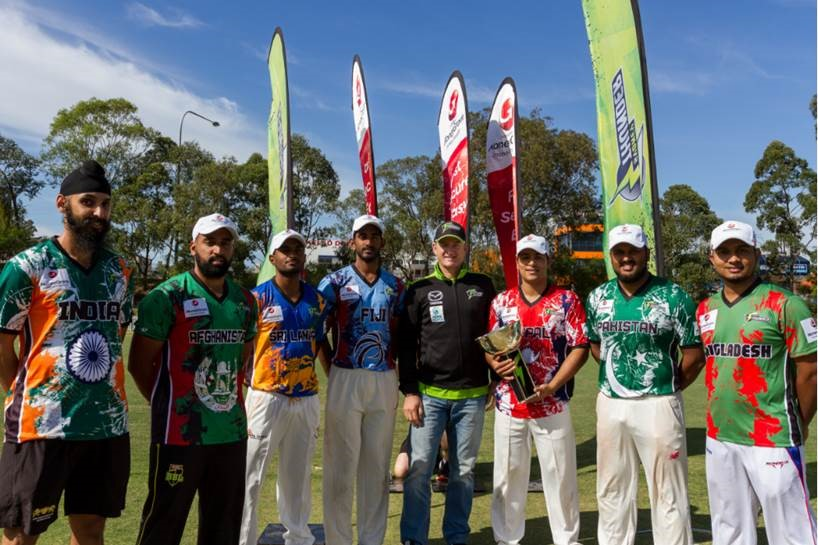 All Star heroes with the legend Mark Waugh, photo by  Trent Nixon