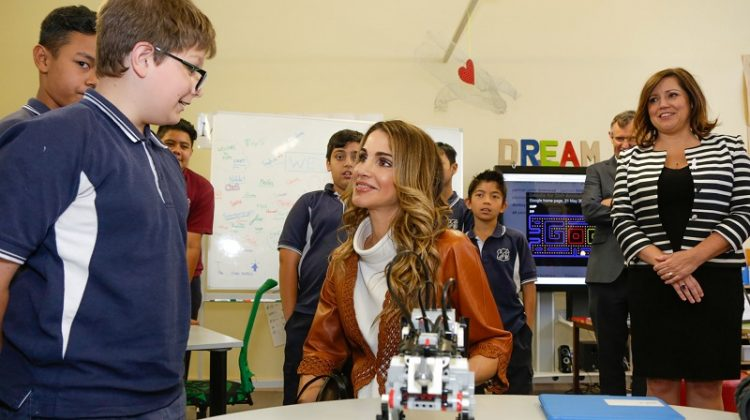 Primary school students at Fort Street Public in north Sydney left starstruck after fter Queen Rania of Jordon paid them a royal visit