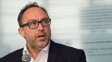 Wikipedia founder Jimmy Wales participates in the press