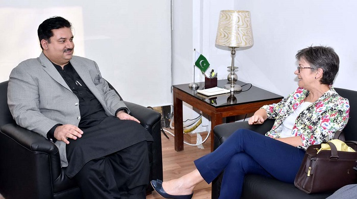 Pakistan Federal Minister for Commerce, Engr. Khurram Dastgir Khan in a meeting with Australian High Commissioner Margaret Adamson in Islamabad, Pakistan. Photo: APP
